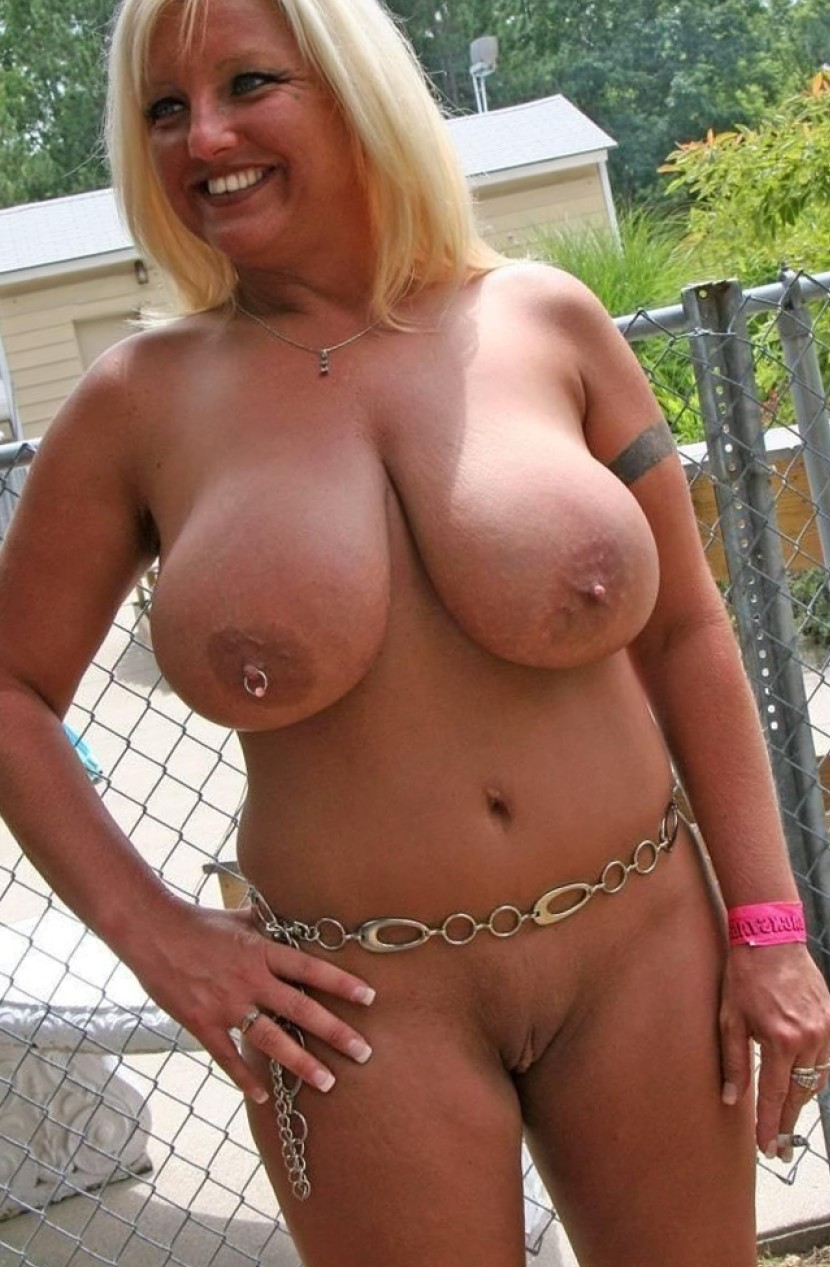nude pic sharing